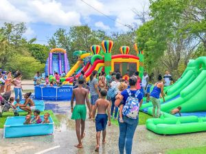 FM-VZ%20Waterfun%20Splash%20Park-website-725x483px